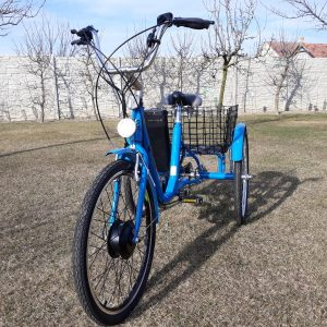 Invalidní elektrická tříkolka